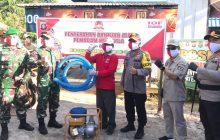 Touring Siaga Karhutla, Polda Kalteng Bagi Sembako