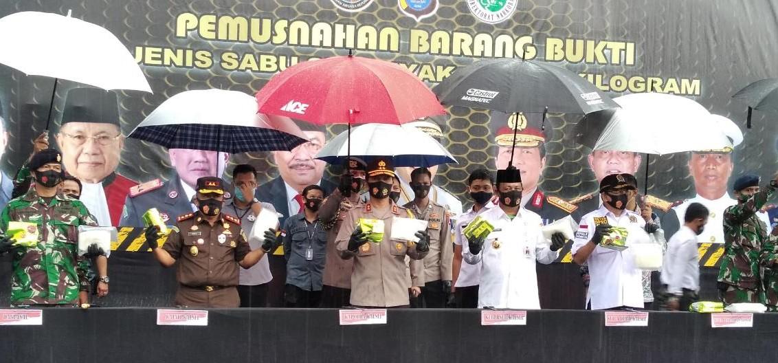 Sabu 299 Kg Dimusnahkan, Gubernur Hadiahi Ditnarkoba 10 Unit Nmax