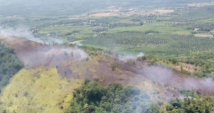 Tiga Titik Api Muncul di Tala Dipadamkan Heli