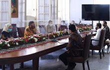 Jokowi Minta Tim Vaksin Merah Putih Bekerja Cepat