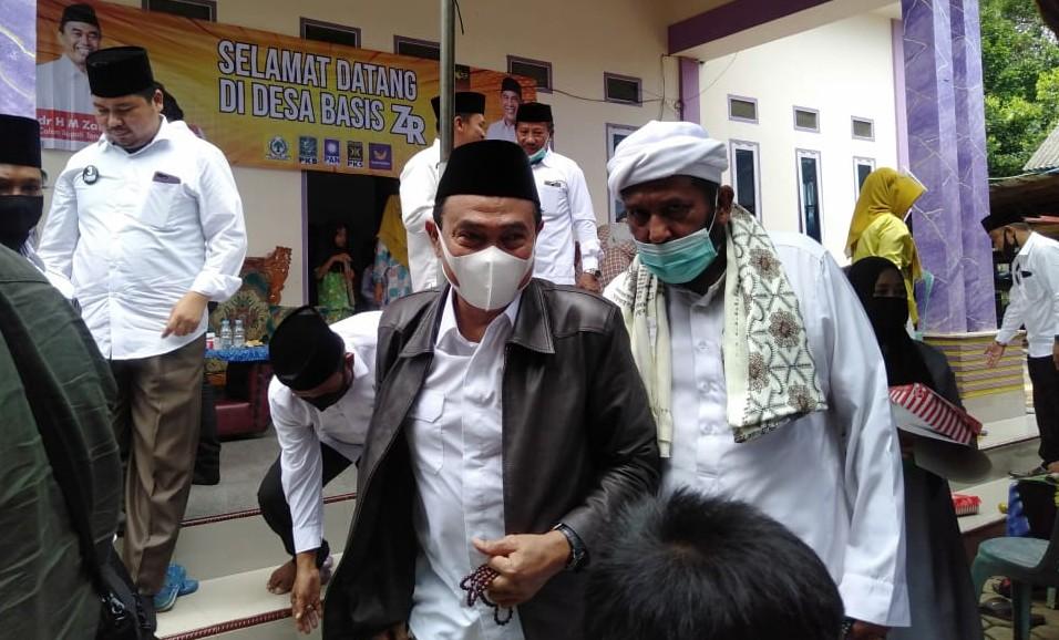 Warga 5 Desa Batulicin Sodorkan Usulan Tertulis ke ZR