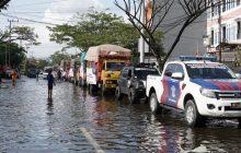 ACT Kalsel Distribusikan Beras 10 Truk untuk Penyintas Banjir