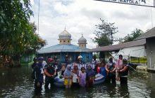 Sahabat UAS-MG Elang Bantu Korban Banjir Batola
