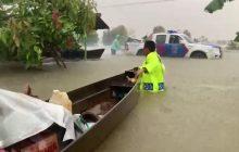 Personel Polda Kalsel Dikerahkan Evakuasi KorbanBanjir