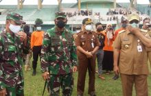 Birin Serahkan Bantuan Jokowi untuk Korban Banjir Barabai
