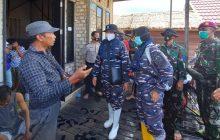 Timkes Lanal BanjarmasinBeri Pengobatan Keterdampak Banjir Sungai Lulut dan Tabuk