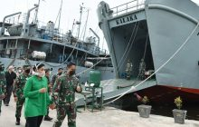 TNI AD Kerahkan 3 Kapal Angkut Bantuan Kemanusiaan ke Kalsel dan Sulbar