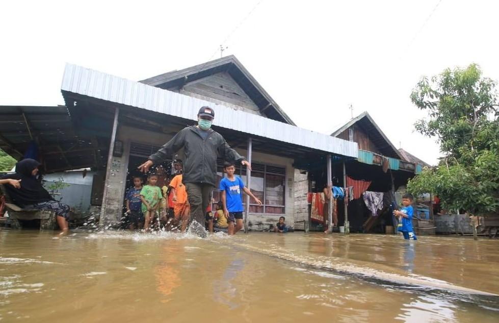 Pemprov Kalsel Kerahkan Tim Kesehatan Bantu Terdampak Banjir