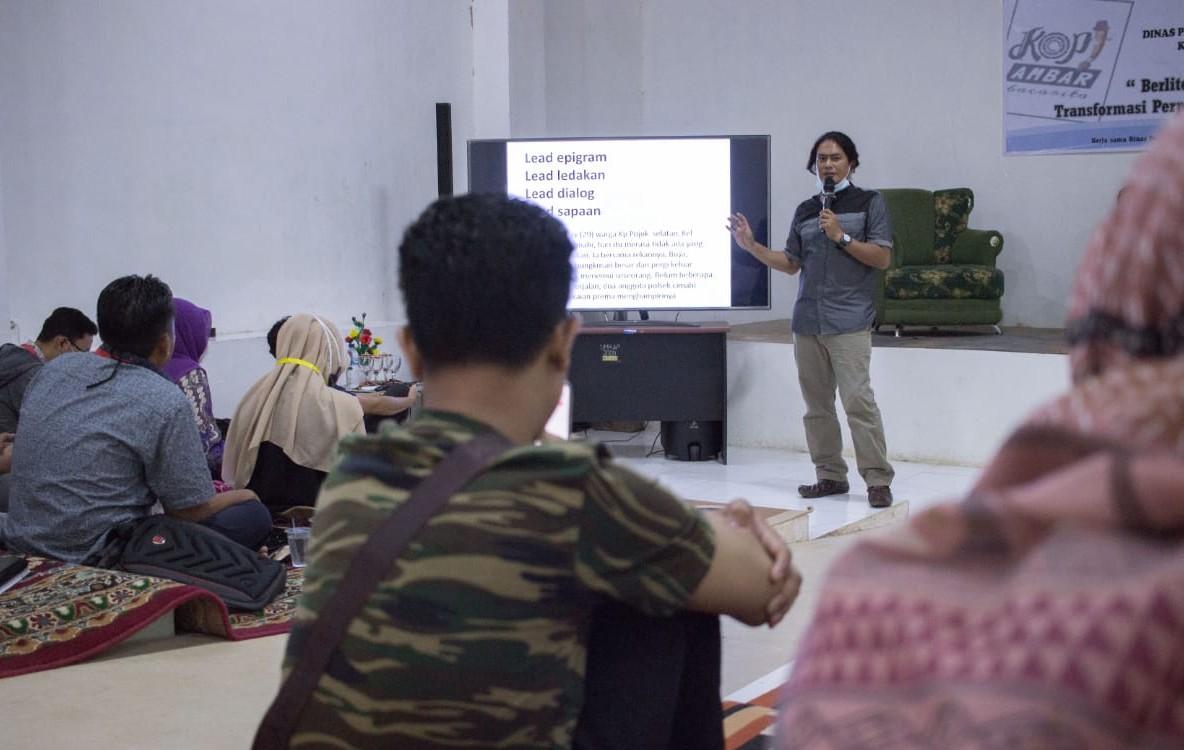Bloger Harus Melek Literasi Media