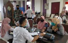 Kodim dan Dinkes VaksinasiTahap 1 Purnawirawan, KBTdan Guru