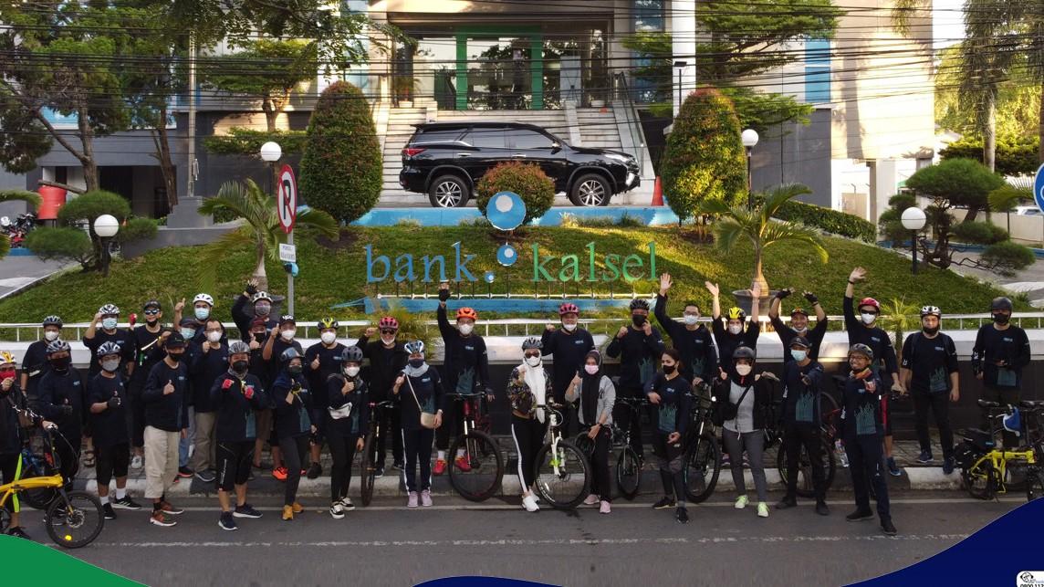 Bank Kalsel Budayakan Bike to Work