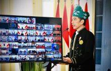 Pimpin Upacara Lahir Pancasila, Jokowi Berbusana Adat Tanah Bumbu