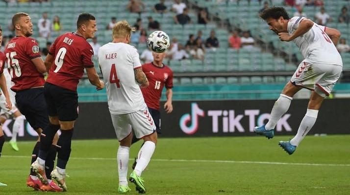 Redam Ceko, Denmark ke Semifinal Euro 2020