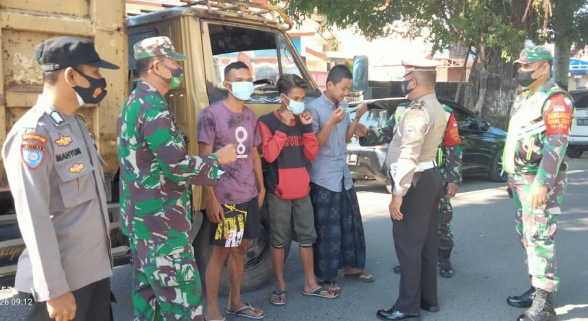 Antisipasi Lonjakan Covid, TNI-Polri HST Operasi Prokes