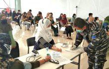 TNI AL-Lanal Banjarmasin Lanjutan Serbuan Vaksin di ULM