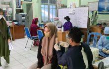 Warga Pesisir Antusias Bervaksin di BP Lanal Banjarmasin