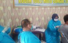 Kodim 1002/HST Salurkan 502 Dosis Vaksin ke Guru
