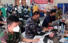 TNI AL Lanal Banjarmasin Gelar Serbuan Vaksin di RS TPT