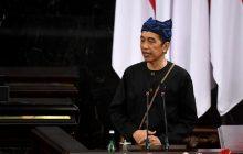 Baju Adat Jokowi dan Puan Gambarkan Kesatupaduan Hadapi Pandemi