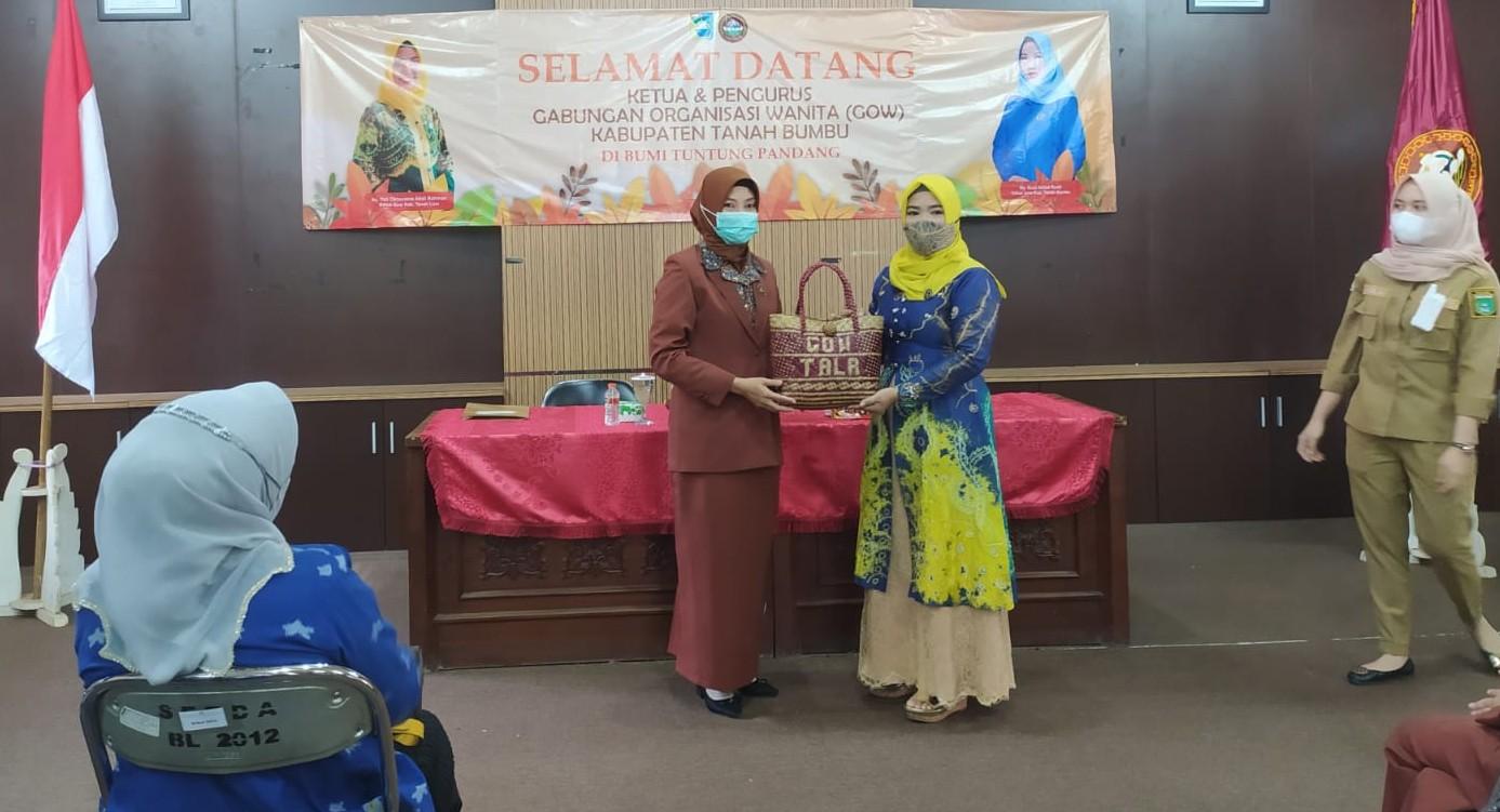 Perkaya Program, GOW Tanbu Kunjungi Tala