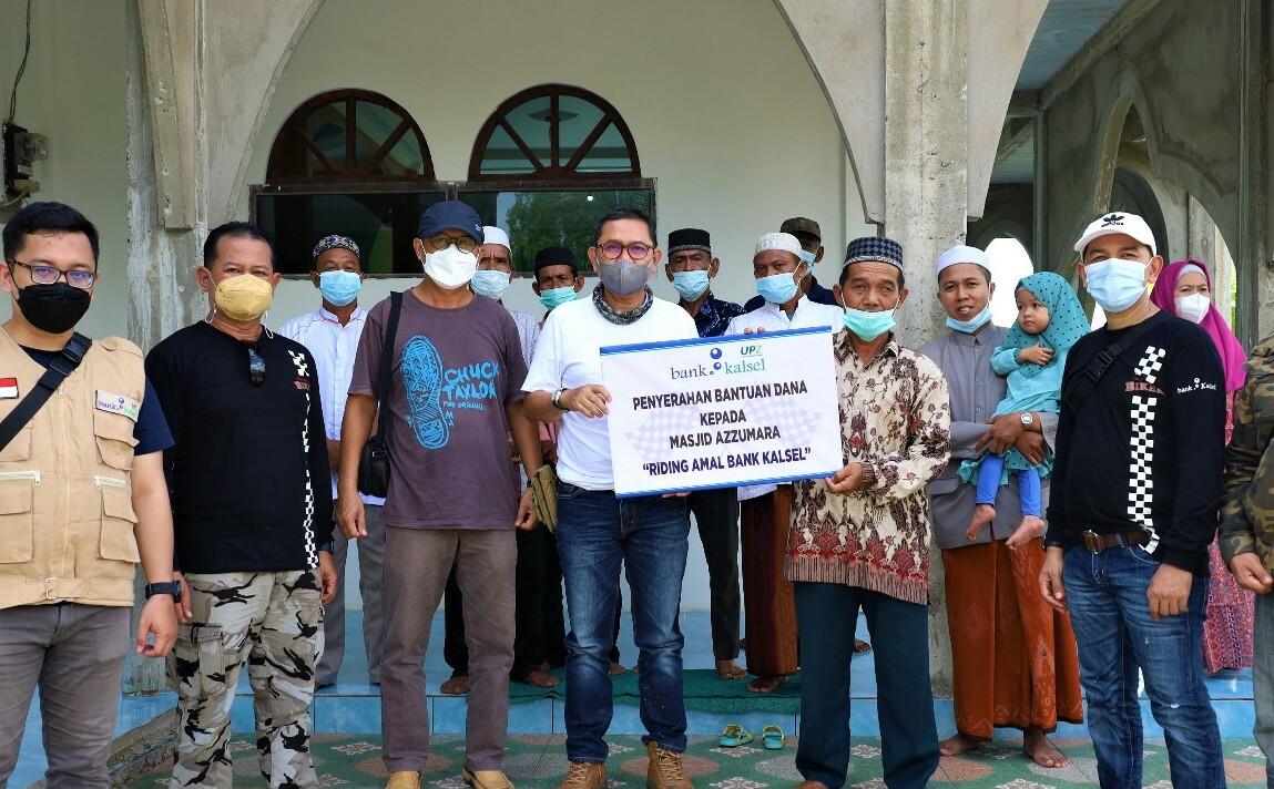 Riding Amal Bank Kalsel Tebar Bantuan di Balimau